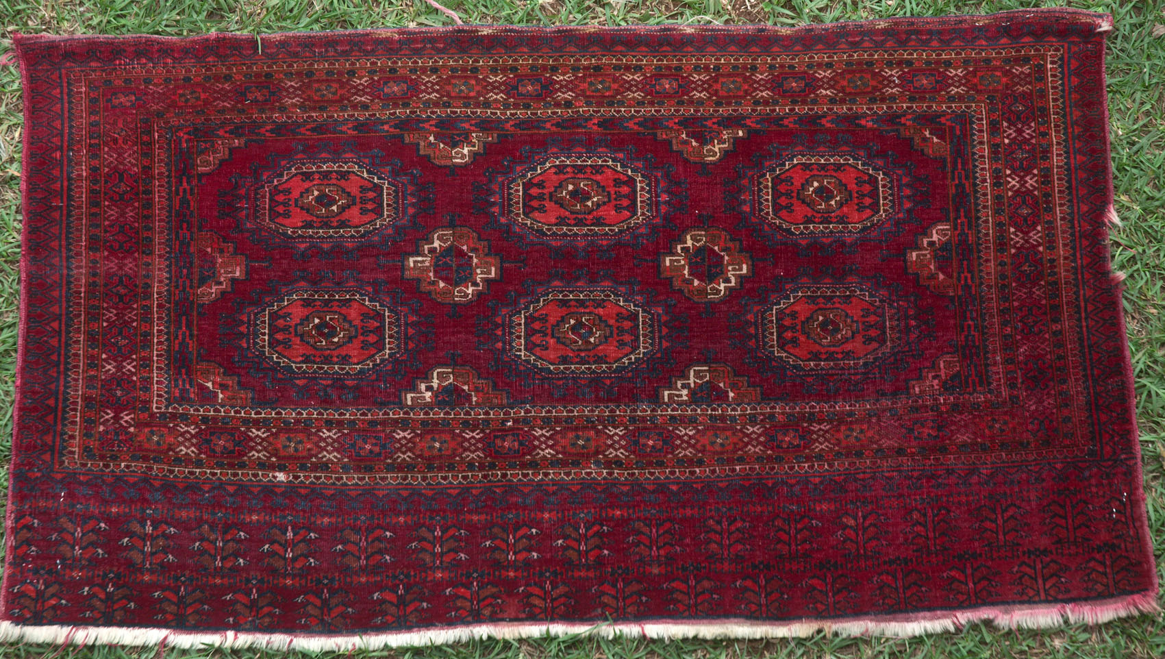 521 A Wonderful Antique Tekke Juval Or Storage Bag