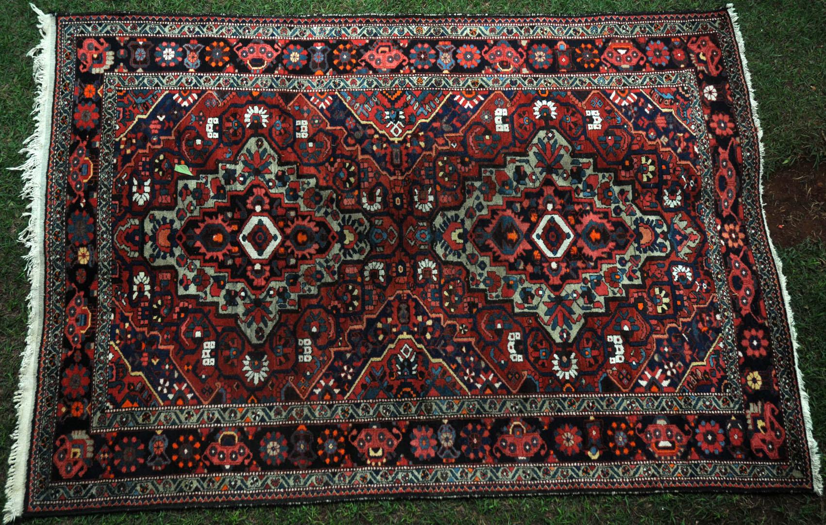 417 A Life Enhancing Tribal Bachtiari Carpet Www