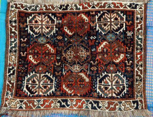 Antique Tribal Qashqa'i Persian Baface natural dyes hand-spun wool