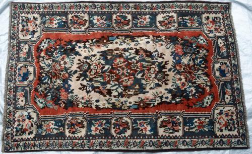 Bakhtiar Persian Tribal Rug Art-deco Floral hand-spun wool