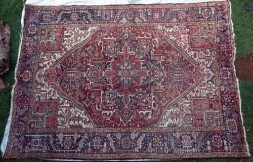 Heriz Persia Carpet hand-spun wool