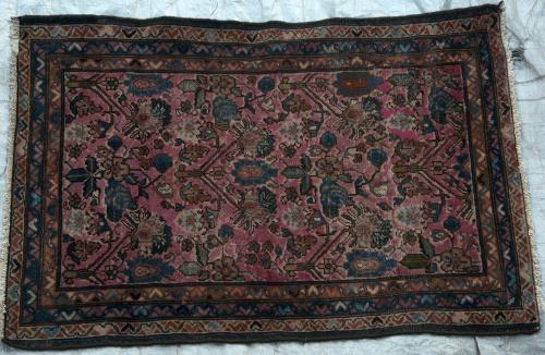 Lilihan or Lilian Persian Rug village hand-spun wool