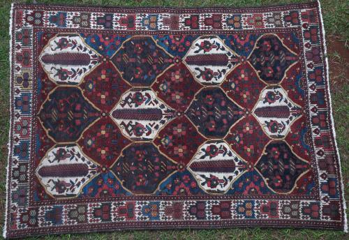 Old Bachtiari tribal Persian rug