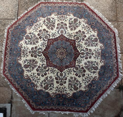 Octagonal Persian rug