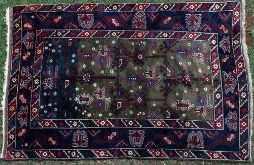 Old Shiraz Persian tribal rug