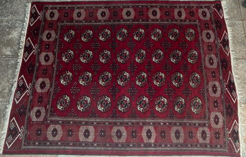 Tekke Design Persian Carpet