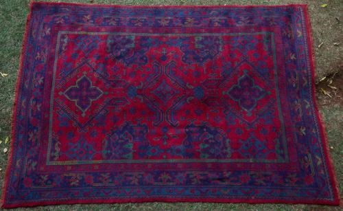 Old or antique 'Turkey Red' Ushak Turkish Carpet