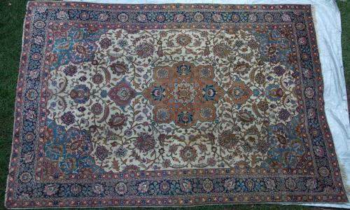 Tabriz Persian Rug old hand-spun wool
