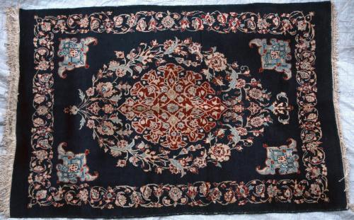 Isphahan Persian Rug old hand-spun wool